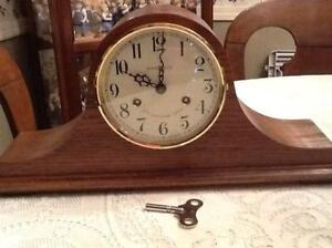 howard miller anniversary clock