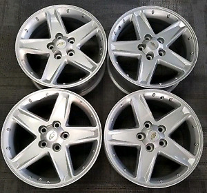 "Alloy Rims 17"" complete set with used Kumho tyre on it"