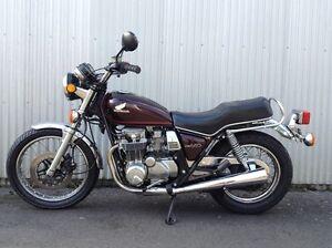 * PIÈCES USAGÉS À VENDRE! DE Honda CB 650 1982 *