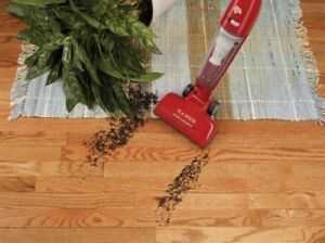Vacuum Dirt Devil Accucharge 15.6 Volt Cordless Bagless Stick