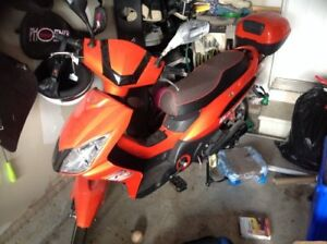 Amazing Deal eBike / scooter for sale - Hardly used