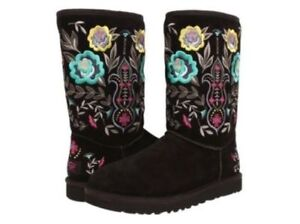 UGGS Black Juliette Embroidered Boots Size 7 GORGEOUS!