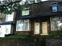 4 Bedroom House for Rent in the Fantastic Area of BD8. Close to bus routes and very close to centre!