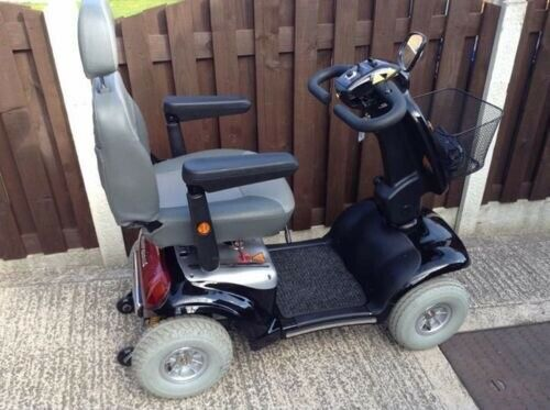 STUNNING SHOPRIDER CADIZ 8MPH MOBILITY SCOOTER WITH SUSPENSION AND USER  MANUAL  | in Hoyland, South Yorkshire | Gumtree