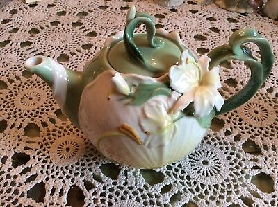 LILLY Franz style teapot FLOWERS 3D  gorgeous  retired  Pier 1