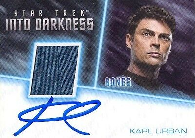2017 Star Trek Beyond Karl Urban As Bones Dr. McCoy Autographed Costume Card VL! (Dr Mccoy Costume)