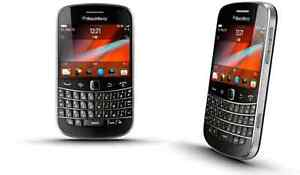 In mint condition unlocked BlackBerry bold 9900 3 pcs avail