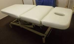 Electric Massage/Treatment table, Centurion 3 fold, foot control Harrington Greater Taree Area Preview