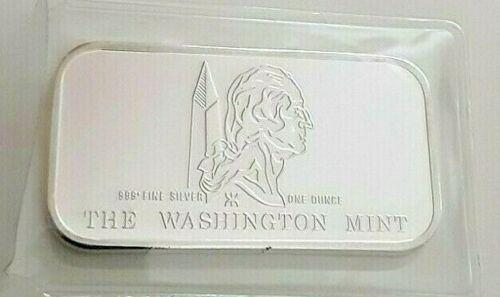 UNITED STATES FLAG  THE WASHINGTON MINT 1 OZ .999 FINE SILVER BAR.   NO TONING
