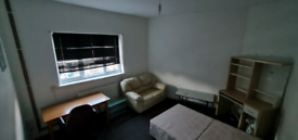 Self contained 1 bedroom DSS accepted furnished bedsit flat No sharing