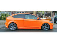 "Ford Focus ST 18"" Allow wheels and tyres"