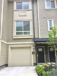 Like new gorgeous townhouse from August 1st