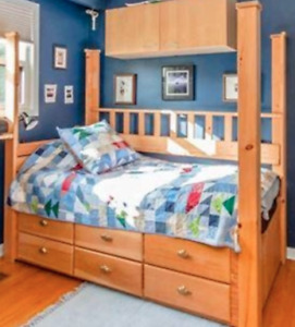 Moving sale - 4 poster bed twin size