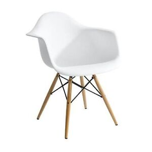 Replica White Eames Chairs (set of 2) Macquarie Park Ryde Area Preview