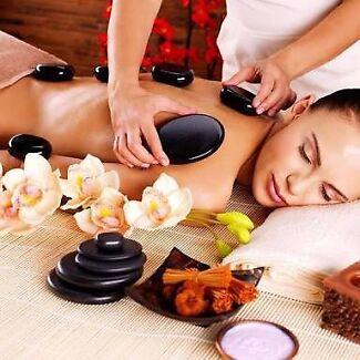 Professional male and female masseurs in Bundoora.