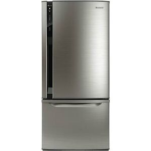 Panasonic 554 litre fridge /freezer Brisbane Region Preview
