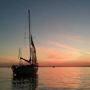 Sailboat with Liveaboard Slip