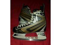 CCM 02 Ice Hockey Skates Size 8
