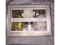 Body Wash And Lotion Set- Baylis & Harding- Brand New
