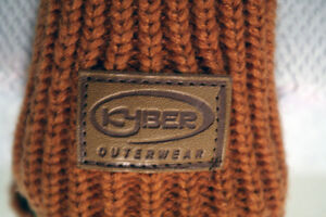 Mittens Kyber Outerwear WHITE EAGLE Warm Winter Wool London Ontario image 1