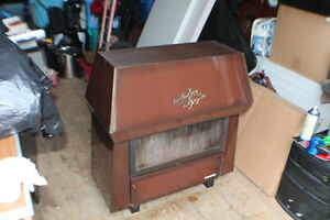 Cast Iron Wood Stove w stainless staal chimney For Sale