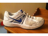Mens Size 7 Nike Dart Trainers