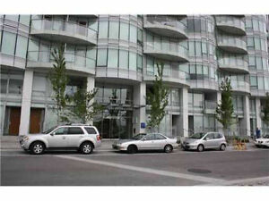 Amazing 1-bedroom + den at the Olympic Village