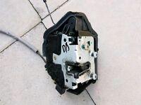 Bmw e46 driver/passenger side door lock/actuator