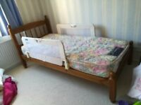 Pine single bed (3ft) with mattress