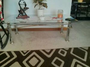 GLASS COFFEE TABLE AND 1 END TABLE