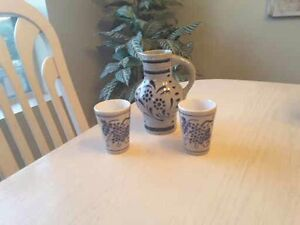 CERAMIC JUG WITH TWO CUPS