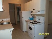 *INCENTIVES* Spacious 2 Bdrm in Adult Building ~ Wellington