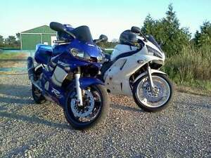 1992 Yamaha FZR 600. *****SOLD*******