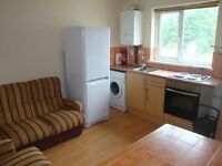 Two Bedroom First Floor Flat in Cathays Available 08/08/2017 £ 770 Including Gas and Electric