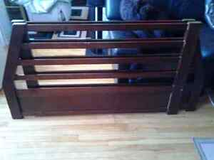 2 WOOD BED RESTS SIDES FRONT AND BACK 125CM X82CM 2 FOR 5$