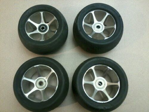 113mm x 64mm Big Slick Rubber on Aluminum Wheels, four wheels w/8mm bearings