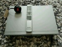 PACIFIC dvd player and remote (1002(