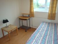 Studio Flat on 16 Mundy Place, Cathays, Cardiff, Available NOW