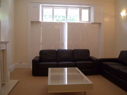 Fantastically located 3 double bed furnished flat very close to Clapham Junction Station
