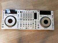 Limited Edition - CDJ 850 pair & Matching DJM 850