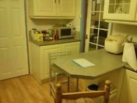 3-bed Semi-detached house near Erith and Slade Green (DA8) to let