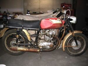 WANTED! Ducati 160cc or 250cc Motorcycle!!