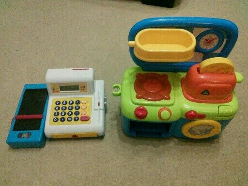 Kids mini kitchen and till, both battery operated.