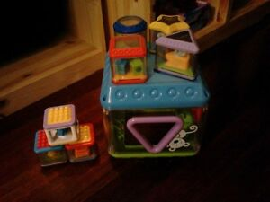 Peek-A-Blocks de Fisher Price 6+ mois