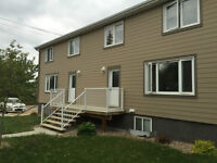 FOUR BEDROOM TOWNHOUSE SK SIDE