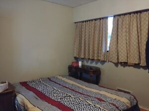 Large Bedroom near Kingsway & Rupert