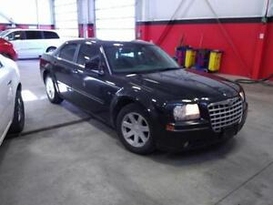 car lot with office or shop with lot Cambridge Kitchener Area image 2