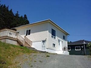 3 Bdrm house in Chapel Arm, close to Long Harbour