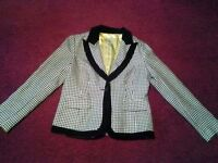 wd ny vintage hounds tooth size 12 womans dress/ suit jacket