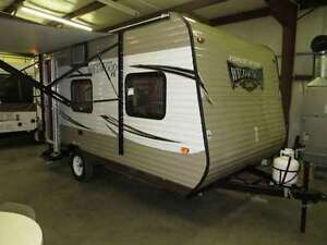 18.5 ft Wildwood by Forest River travel trailer